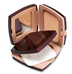 Amazon - Buy Lakme Radiance Complexion Compact, Coral 9 g at Rs 91 only