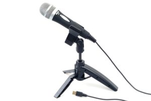 Amazon Steal - Buy Cad U1 Usb Dynamic Recording Microphone, Black for Rs 699 only