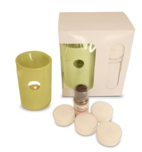 Amazon - Buy Pure Source India Ceramic Aroma Burner with 10 ML Lemon Grass Aroma Oil and 4 Tea Light Candle for Rs 275 only