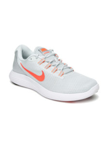Buy Nike sports shoes at upto 80% off