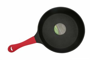 Amazon- Buy Tosaa Non-Stick Frypan, 24cm, Black/Red at Rs 858