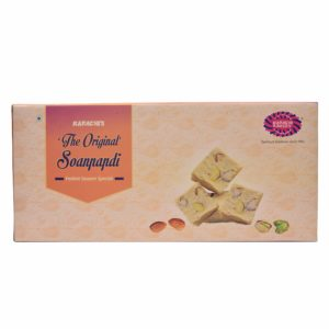 Amazon - Karachi Bakery Plain Soan Papdi, 900g at Rs.199