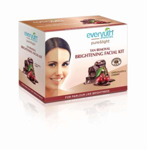 Everyuth Naturals Tan Removal Brightening Facial Kit