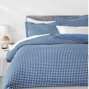 AmazonBasics Microfiber 3-Piece Cover Set - Queen, Gingham Plaid - with 2 pillow covers