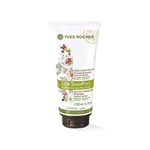 Yves Rocher Low Pow Shampoo Delicate Cleansing Rs 269 amazon dealnloot