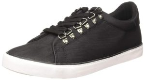 Aeropostale men's sneakers at upto 83% off starting at Rs 456