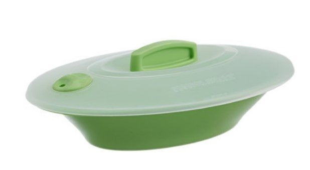 Signoraware Oval Server with Cover, Parrot Green
