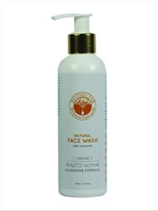 Divinectar Natural Face Wash With Curcumin 200 Rs 125 amazon dealnloot