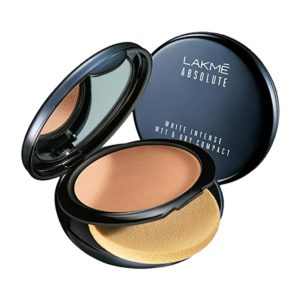 Lakmé Absolute White Intense Wet and Dry Rs 391 amazon dealnloot