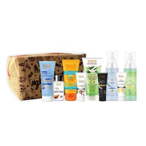 VLCC Refresh and Glow Kit with Pouch Rs 404 amazon dealnloot